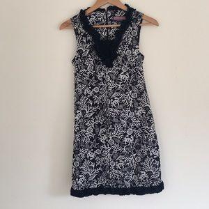 Vineyard Vines navy blue dress size 0